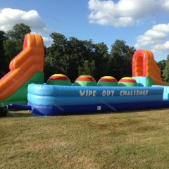 4 Big jump Balls Inflatable Wipeout Game